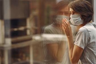 Confinamiento por coronavirus: menos riesgo de iniciarse en adicciones, más riesgo de agravarlas