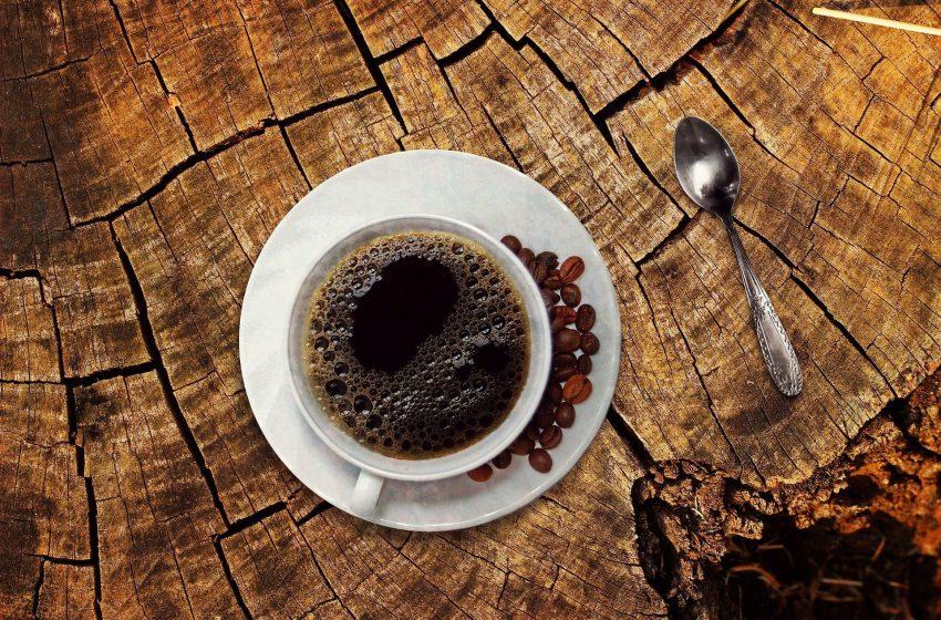 Estos son los peores momentos del día para beber café, de acuerdo con expertos nutricionistas