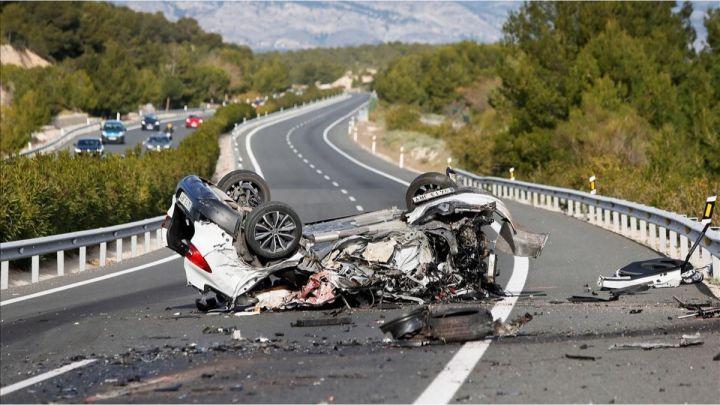 El 48,7% de los conductores fallecidos en España dio positivo en alcohol o drogas, el 95% eran hombres.
